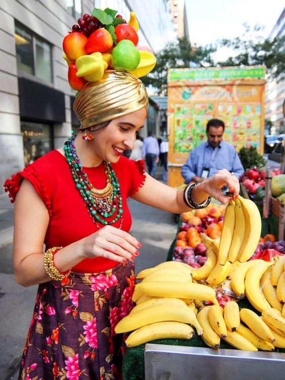 carmen-miranda-carnival-ideas-disfraces-carnaval theneonteaparty.com