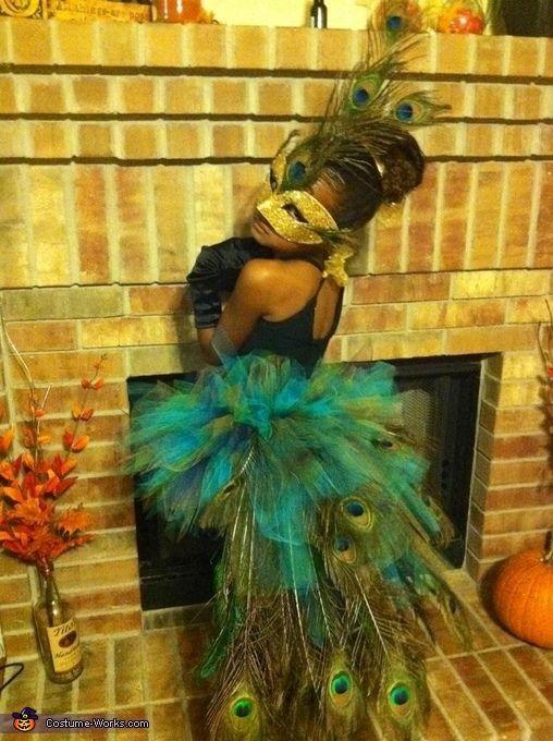peacock-costume-carnival-ideas