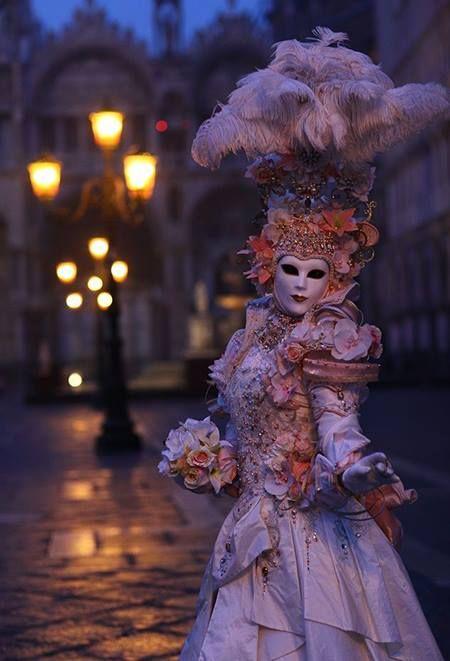 venetian-mask-masquerade-carnaval